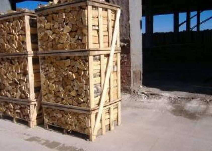 kiln dried firewood hardwood from bulgaria